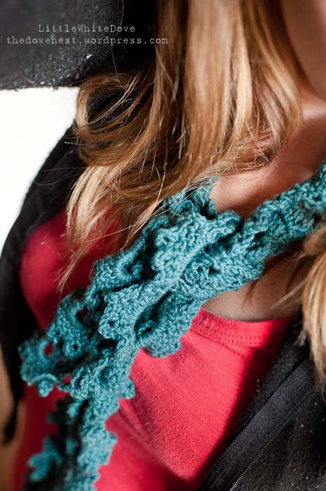 Queen Anne's Lace crocheted scarf